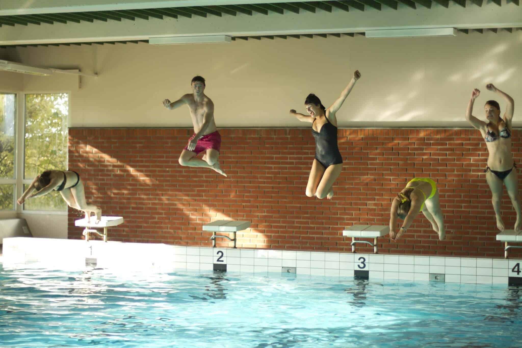 Hopp – Svømmehall